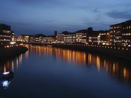 foto luminara Arno Pisa