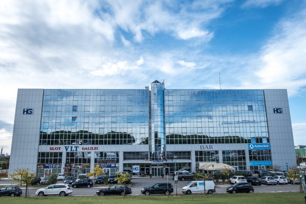 hotel a pisa con parcheggio vicino aeroporto